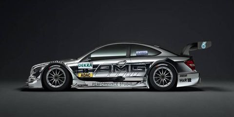 Robert Kubica will get the opportunity to get back behind the wheel of a Mercedes DTM in Valencia on Thursday.