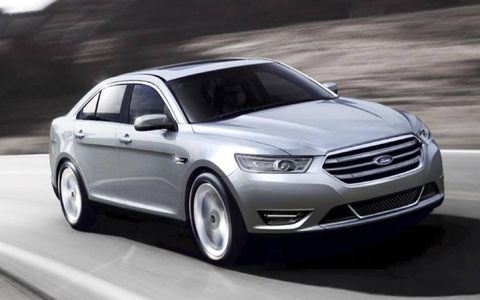 The 3.5-liter V6 provides 288 hp for the 2013 Ford Taurus Limited AWD.