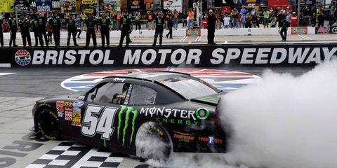 Kyle Busch won Saturday's NASCAR Nationwide Series race at Bristol ahead of rookie Kyle Larson.