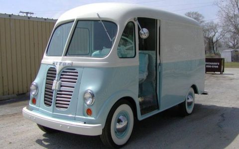 You aren't likely to see many of these International Harvester Metro vans on the road -- let alone one in this condition.