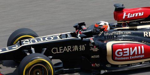 Kimi Räikkönen qualified second, but still nearly half a second behind pole sitter Lewis Hamilton, on Saturday in Shanghai.