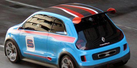 Motor vehicle, Tire, Automotive design, Vehicle, Automotive exterior, Car, Automotive tire, Rim, Alloy wheel, Fender,