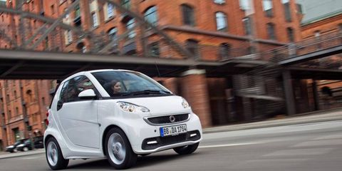 Daimler is building the new engine with Renault for use in the new Smart ForTwo.