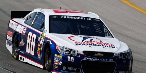 Dale Earnhardt Jr. won the pole for Saturday's NASCAR Sprint Cup Series race at Kentucky.