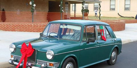 Tired of Minis that have been rebuilt one too many times? Take a look at this minty Riley Kestrel.