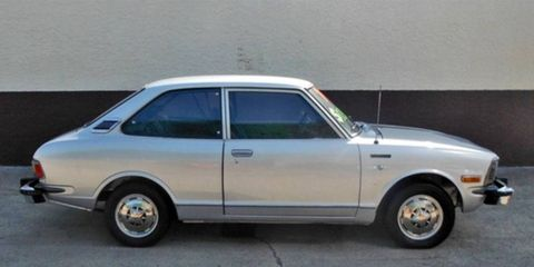"""From the """"cool if not particularly collectible"""" file comes this 1974 Toyota Corolla 1600 Deluxe."""