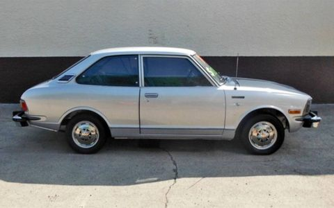 "From the ""cool if not particularly collectible"" file comes this 1974 Toyota Corolla 1600 Deluxe."