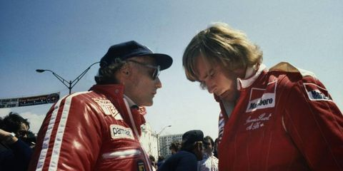 Lauda and Hunt both had chances to win the U.S. West GP, but Clay Regazzoni would take the victory.