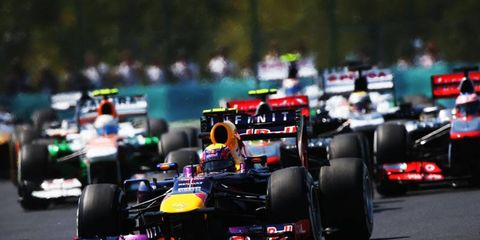 The on again, off again proposed Formula One race in New Jersey still has a pulse, according to F1 boss Bernie Ecclestone.