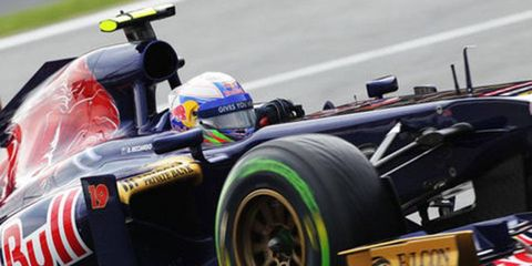 Daniel Ricciardo is still the favorite for the vacant Red Bull seat, but Christian Horner insists no deal is in place.