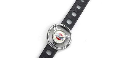 It doesn't look like much, and we'd rather have a project car, but someone fancied this Datsun promotional watch to the tune of $1,586.