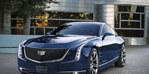 Tire, Automotive design, Vehicle, Grille, Rim, Car, Hood, Personal luxury car, Alloy wheel, Automotive lighting,