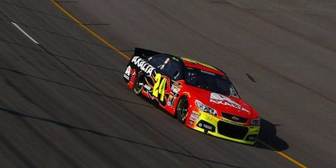 Jeff Gordon, who is currently tied for fourth in the Chase standings, said it would be tough to catch Matt Kenseth, Jimmie Johnson and Kyle Busch.