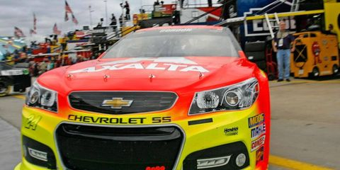 Jeff Gordon will start on the pole for Saturday's NASCAR Sprint Cup Series Chase race at Charlotte.