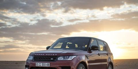It took this Range Rover just a little over 10 hours to cross the largest sand desert in the world.
