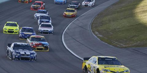 Matt Kenseth (20) would have needed more than a win on Sunday to overtake Jimmie Johnson for the NASCAR Sprint Cup championship.