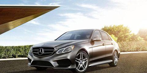 Wheel, Mode of transport, Automotive design, Vehicle, Alloy wheel, Rim, Car, Automotive wheel system, Personal luxury car, Mercedes-benz,