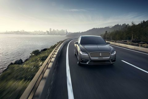 The 2018 Lincoln Continental comes with a choice of three engines making either 305 hp, 335 hp or 400 hp.