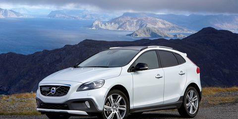 The potential new crossover could resemble the V40 Cross Country, which is currently on sale in Europe and other markets.