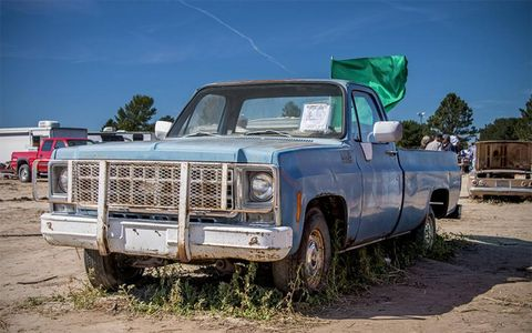 This rather complete 1980 Chevrolet C10 went for jut $1,600.