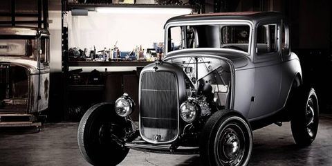 An officially licensed 1932 Ford 5-window coupe.