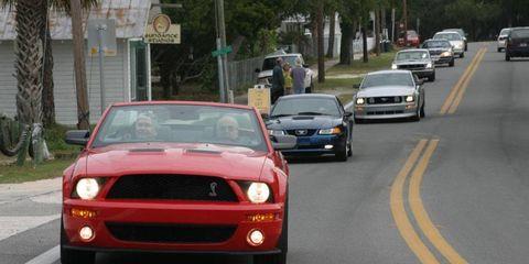 Road, Vehicle, Automotive design, Infrastructure, Car, Hood, Automotive parking light, Asphalt, Headlamp, Road surface,