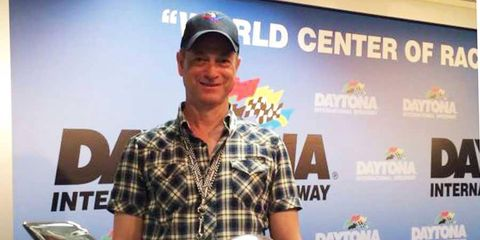 Gary Sinise joins a long list of celebrities to serve as the honorary starter of the Daytona 500.
