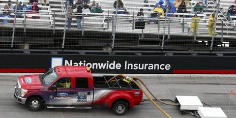 The NASCAR Sprint Cup race in Bristol has been stopped again for rain.