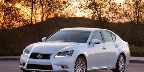 A Lexus hybrid that is comfortable and quick.