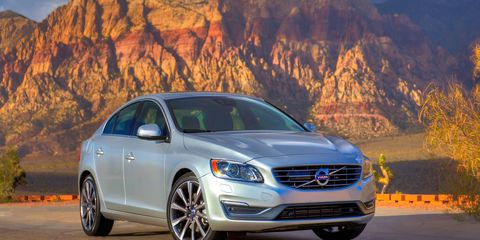 The S60 is now available with the new four-cylinder Drive-E engine.