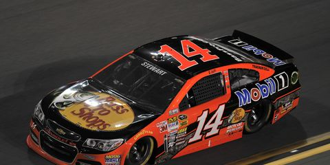 NASCAR driver Jeff Gordon says no one should count out Tony Stewart this weekend in Atlanta.