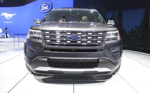 2016 Ford Explorer LA Auto Show