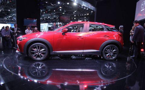 Mazda CX-3 crossover LA Auto Show
