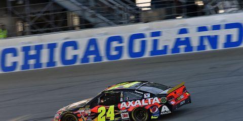 Jeff Gordon is on track to break NASCAR's consecutive-starts record.
