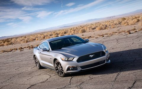 The 2015 Ford Mustang maintains its unmistakable styling.