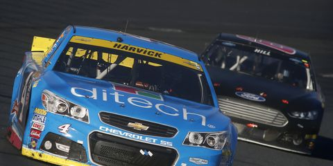 Kevin Harvick has had back-to-back disappointing finishes in the Chase and may need a win to advance to the second round.