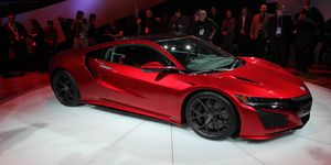 Another dimension change to the 2016 Acura NSX production car compared to the earlier concept vehicle is the a 3.1 inch growth in overall length.