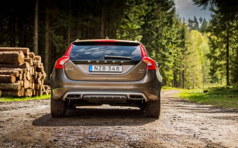 The 2017 Volvo V60 Cross Country T5 has a turbocharged I4 making 240 hp and 258 lb-ft of torque.