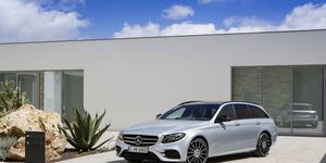 The 2017 Mercedes-Benz E-Class Wagon will go on sale in the United States. For now, it will only be available in E400 4Matic trim with a 3.0-liter turbocharged V6 under the hood.