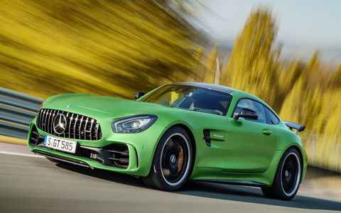 The Mercedes-AMG GT R made its debut at the Brooklands circuit in England, with 577 hp on tap.