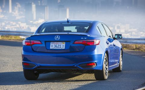 The 2016 Acura ILX is equipped with more features, more leading-edge technology and a major injection of Acura DNA.