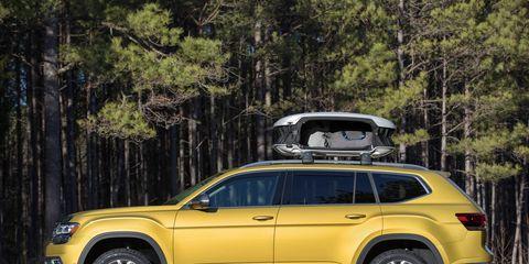 VW Atlas SUV in Weekend trim