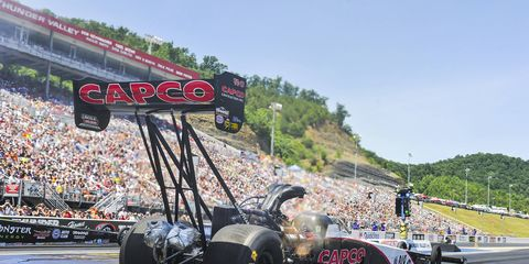 Steve Torrence hustled to his sixth No. 1 qualifying spot of the season on Sunday at Bristol, Tennessee.