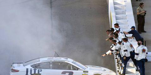 Brad Keselowski's fast start to the 2017 NASCAR season has him looking like a championship favorite.
