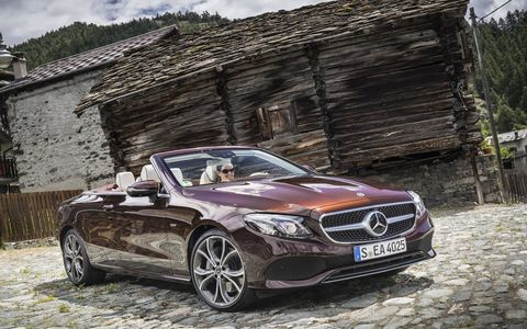 The E-Class Cabriolet features all the innovations of the E-Class Sedan. These include, the widescreen cockpit, touch control buttons on the steering wheel, comprehensive smartphone integration, the extended Driving Assistance package, the Remote Parking Pilot, Car-to-X communication, the Air Body Control suspension and Multibeam LED headlamps.