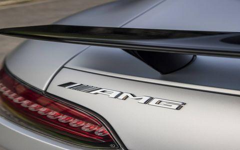 2017 Mercedes AMG GT S details