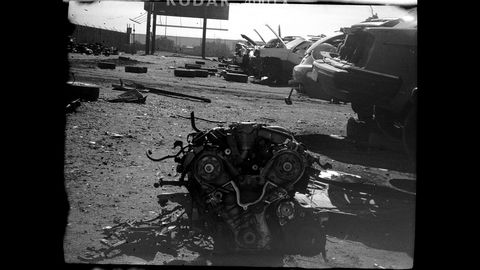 Junkyard photos taken with 1938 UniveX Model AF-5 Minicam. For a super-cheap 1930s camera using unobtainium home-cut 32mm film, the image quality is fairly sharp.
