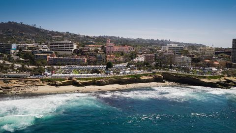 The La Jolla Concours is a secret gem perched atop the cliffs just north of San Diego, Calif. This year it celebrates 14 years at a venue that could rival Pebble Beach.