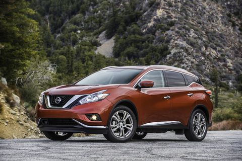 The 2018 Nissan Murano comes with a 3.5-liter V6 making 260 hp and 240 lb-ft of torque with a continuously variable transmission.