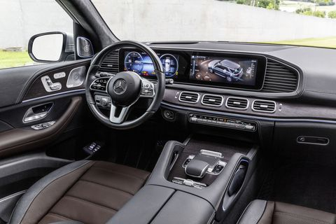 The interior of the 2020 Mercedes-Benz GLE is as posh as ever and features some technical upgrades, like the MBUX infotainment system.